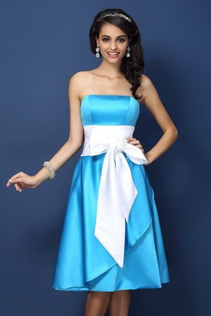 Knee Length Sheath Strapless Accented Bow Sleeveless Bridesmaid Dress
