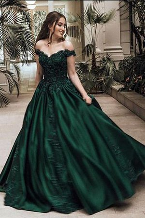 Lace Sleeveless Ball Gown Natural Waist Satin Evening Dress