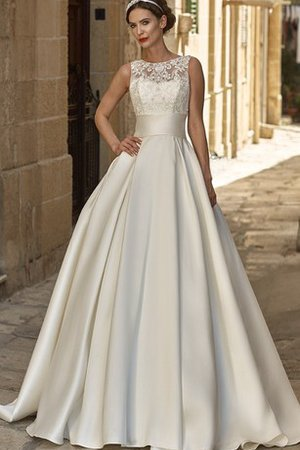 Outdoor Floor Length Long Pleated Exclusive Wedding Dress
