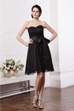 Knee Length Sweetheart Sleeveless Zipper Up Bridesmaid Dress