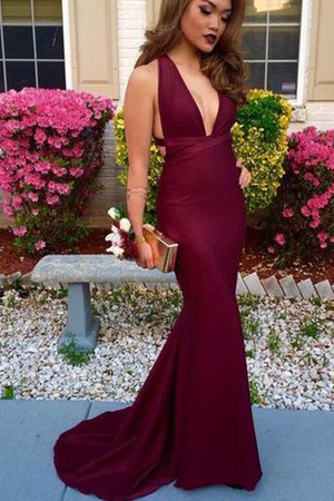 Sweep Train Natural Waist V-Neck Sleeveless Mermaid Prom Dress