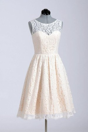 Short Natural Waist Sleeveless Pleated Jewel Wedding Dress