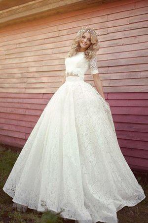 Romantic A-Line Short Sleeves Lace-up Wedding Dress