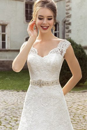 Crystal Floor Length Sleeveless Lace Wedding Dress