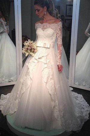 Floor Length Sequined Appliques Lace Fabric Empire Wedding Dress
