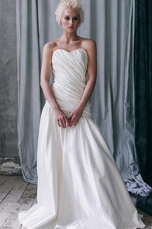 Sleeveless Sweetheart Floor Length Zipper Up Wedding Dress