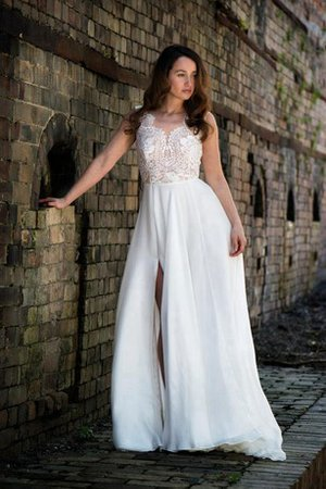 Side Slit Scalloped-Edge Simple A-Line Wedding Dress