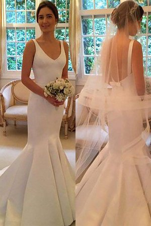 Sleeveless Natural Waist V-Neck Sweep Train Mermaid Wedding Dress