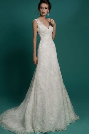 Lace Fabric Sweep Train Simple Short Sleeves Beach Wedding Dress