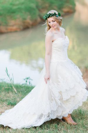 Tulle A-Line Lace Lace-up Sweetheart Wedding Dress