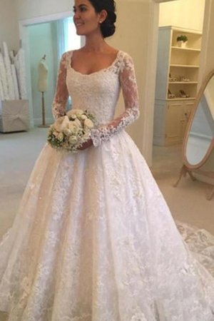 Lace Fabric Pleated Modest Swing Ball Gown Dazzling Natural Waist Wedding Dress