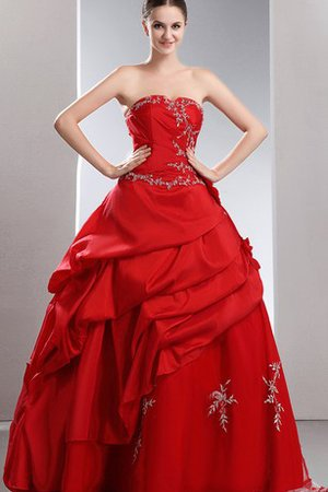 A-Line Embroidery Taffeta Beading Tiered Dressed In 16 Years