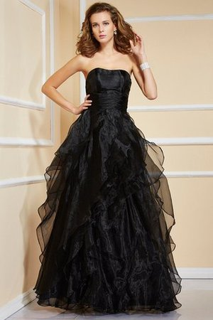 Sleeveless Strapless A-Line Organza Evening Dress