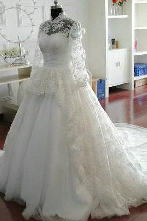 Sequined Elegant & Luxurious Sashes Chapel Train Wedding Dress
