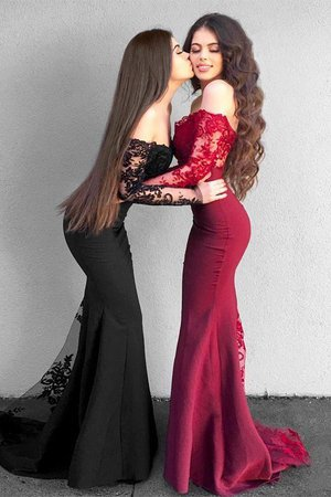Brilliant Natural Waist Appliques Mermaid Long Sleeves Satin Off The Shoulder Prom Dress