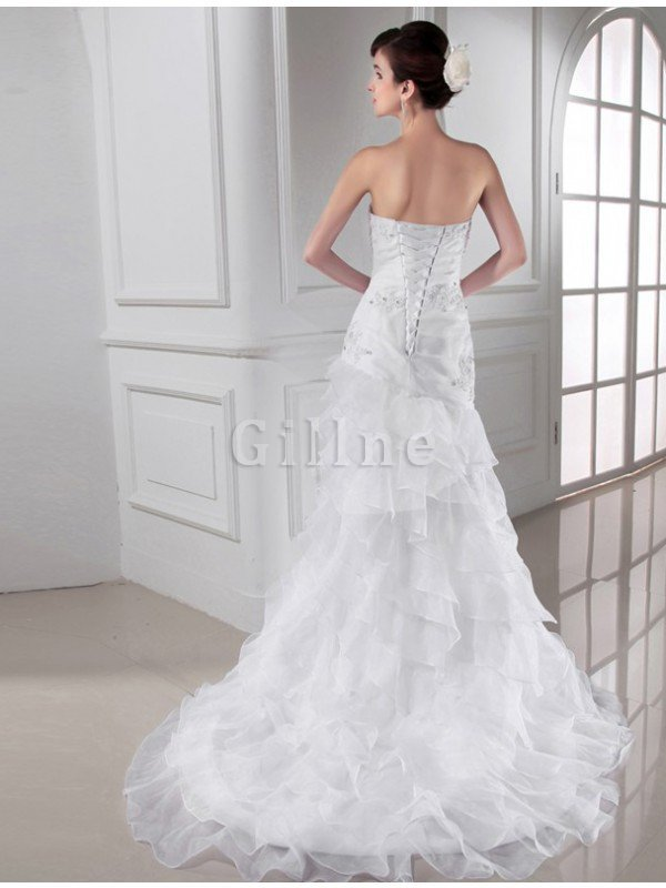 Sweetheart Chapel Train Lace-up Appliques Sleeveless Wedding Dress