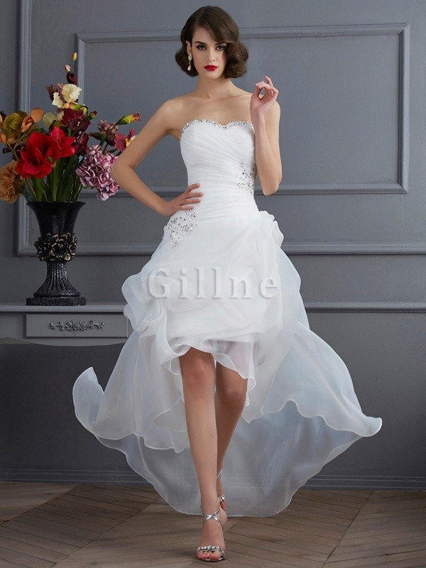 Appliques Organza Lace-up Sweetheart Natural Waist Wedding Dress