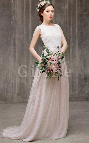 Sweep Train Sleeveless Elegant & Luxurious Lace Button Bridesmaid Dress