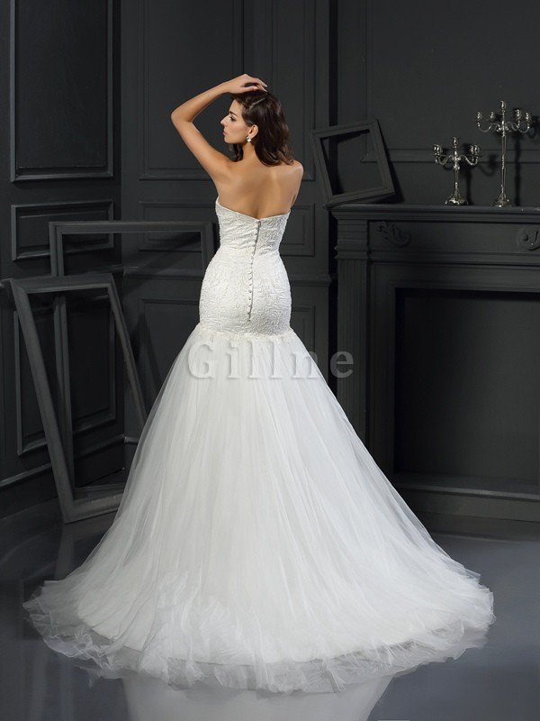 Sweetheart Sleeveless Appliques Tulle Mermaid Wedding Dress